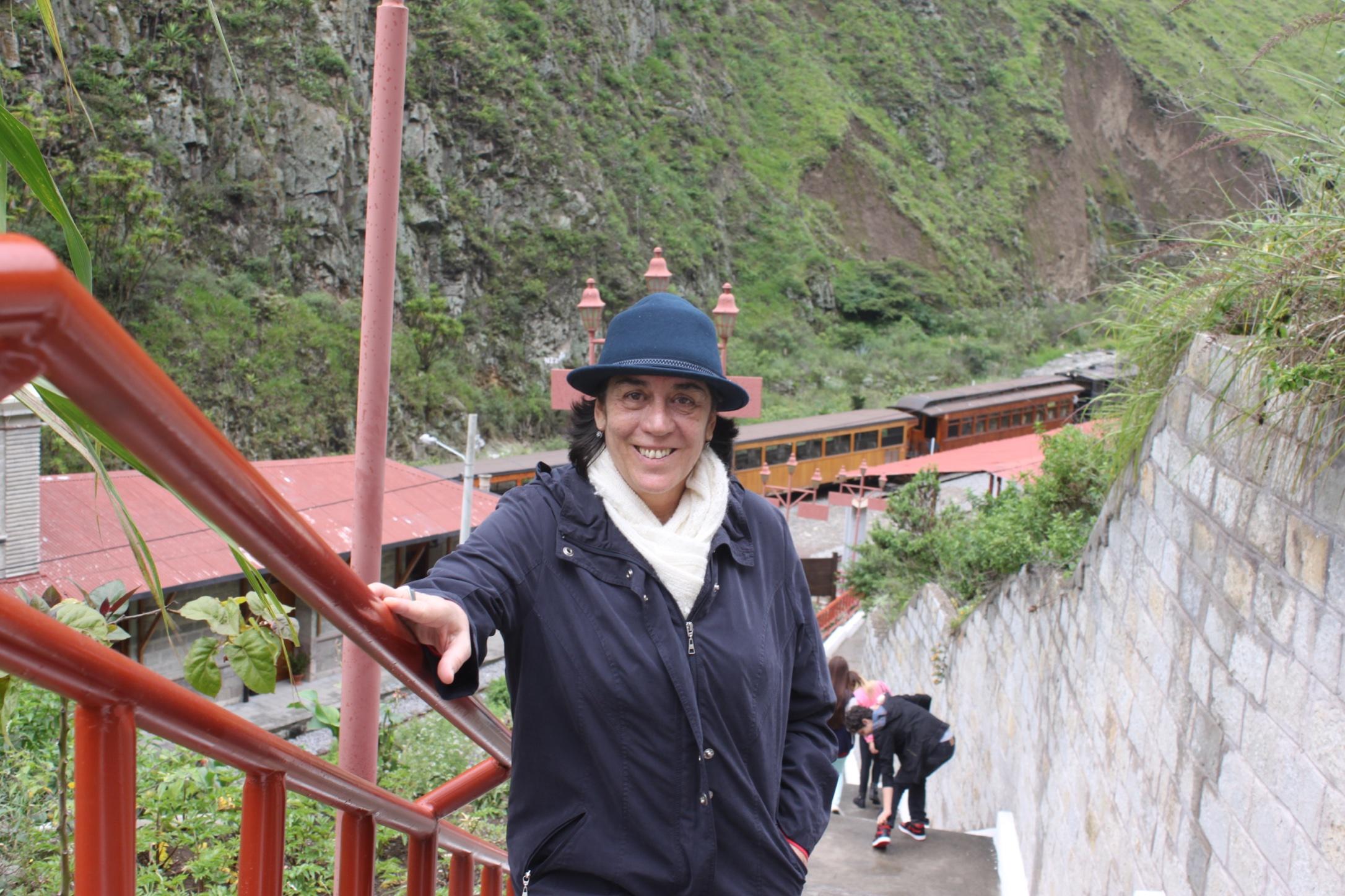 Profa. Dra. Maria Cristina dos Santos (UFAM)